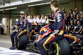 F1 2016: Carlos Sainz Foto 256