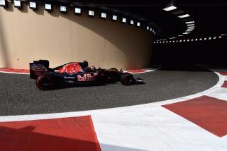 F1 2016: Carlos Sainz Foto 259