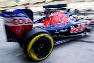F1 2016: Carlos Sainz Foto 260