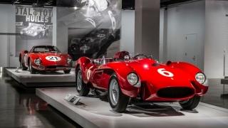 "Ferrari ""Seeing Red"" del Petersen Museum Foto 8"