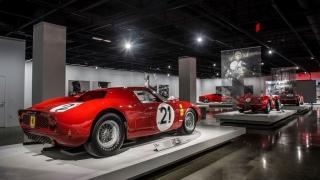 "Ferrari ""Seeing Red"" del Petersen Museum Foto 14"