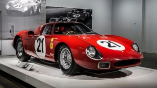 "Ferrari ""Seeing Red"" del Petersen Museum Foto 32"