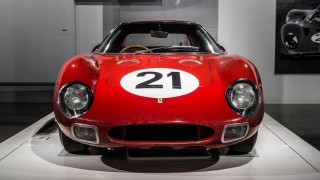 "Ferrari ""Seeing Red"" del Petersen Museum Foto 34"