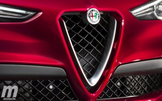Fotos Alfa Romeo Stelvio QV Foto 12