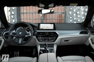 Fotos BMW 520d Touring Foto 27