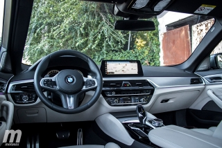 Fotos BMW 520d Touring Foto 28