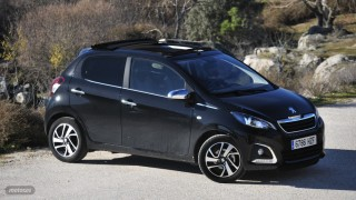 Fotos comparativa Fiat Panda y Peugeot 108 Foto 4