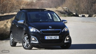 Fotos comparativa Fiat Panda y Peugeot 108 Foto 5