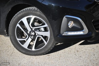 Fotos comparativa Fiat Panda y Peugeot 108 Foto 7