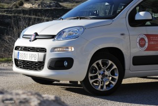 Fotos comparativa Fiat Panda y Peugeot 108 Foto 18