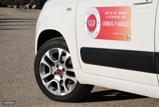 Fotos comparativa Fiat Panda y Peugeot 108 Foto 20