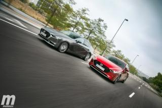 Fotos comparativa Mazda3 5 Puertas vs Sedán Foto 5