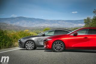 Fotos comparativa Mazda3 5 Puertas vs Sedán Foto 16