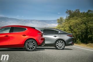 Fotos comparativa Mazda3 5 Puertas vs Sedán Foto 17