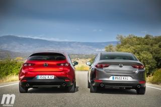 Fotos comparativa Mazda3 5 Puertas vs Sedán Foto 19