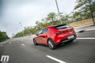 Fotos comparativa Mazda3 5 Puertas vs Sedán Foto 26