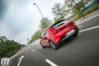 Fotos comparativa Mazda3 5 Puertas vs Sedán Foto 27