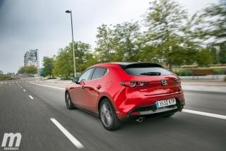 Fotos comparativa Mazda3 5 Puertas vs Sedán Foto 28