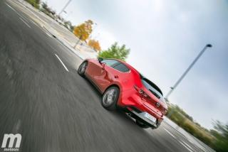 Fotos comparativa Mazda3 5 Puertas vs Sedán Foto 29
