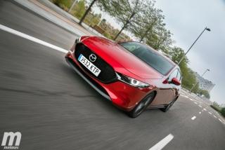 Fotos comparativa Mazda3 5 Puertas vs Sedán Foto 30