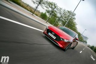 Fotos comparativa Mazda3 5 Puertas vs Sedán Foto 31
