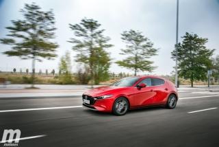 Fotos comparativa Mazda3 5 Puertas vs Sedán Foto 32