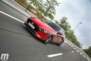 Fotos comparativa Mazda3 5 Puertas vs Sedán Foto 33