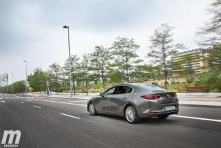 Fotos comparativa Mazda3 5 Puertas vs Sedán Foto 36