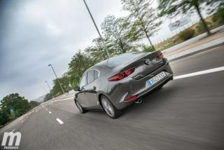 Fotos comparativa Mazda3 5 Puertas vs Sedán Foto 38