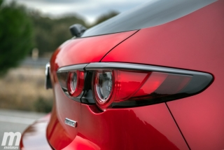 Fotos comparativa Mazda3 5 Puertas vs Sedán Foto 49