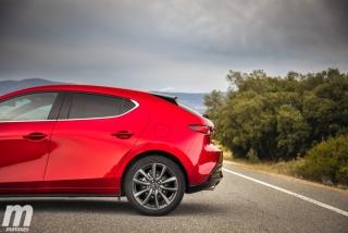 Fotos comparativa Mazda3 5 Puertas vs Sedán Foto 54