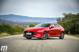 Fotos comparativa Mazda3 5 Puertas vs Sedán Foto 58
