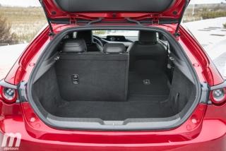 Fotos comparativa Mazda3 5 Puertas vs Sedán Foto 71