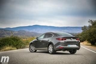 Fotos comparativa Mazda3 5 Puertas vs Sedán Foto 74