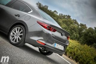 Fotos comparativa Mazda3 5 Puertas vs Sedán Foto 76