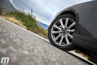 Fotos comparativa Mazda3 5 Puertas vs Sedán Foto 77