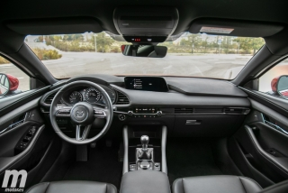 Fotos comparativa Mazda3 5 Puertas vs Sedán Foto 92