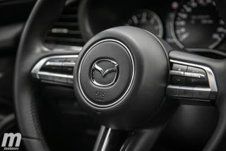Fotos comparativa Mazda3 5 Puertas vs Sedán Foto 94