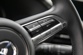 Fotos comparativa Mazda3 5 Puertas vs Sedán Foto 95