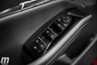 Fotos comparativa Mazda3 5 Puertas vs Sedán Foto 100