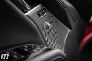 Fotos comparativa Mazda3 5 Puertas vs Sedán Foto 101