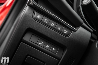 Fotos comparativa Mazda3 5 Puertas vs Sedán Foto 102