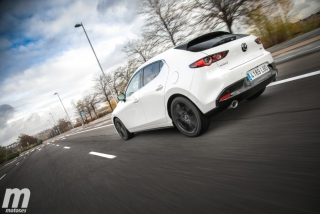 Fotos comparativa Mazda3 vs BMW Serie 1 Foto 30
