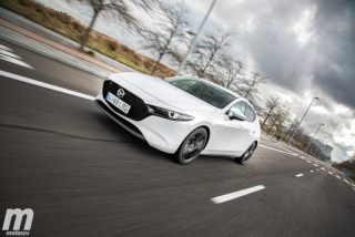 Fotos comparativa Mazda3 vs BMW Serie 1 Foto 32