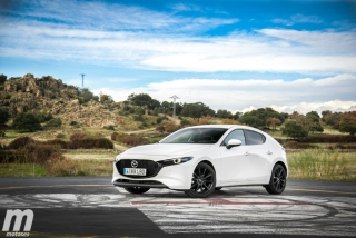 Fotos comparativa Mazda3 vs BMW Serie 1 Foto 78