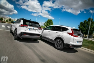 Fotos comparativa Toyota RAV4 vs Honda CR-V Hybrid - Miniatura 11