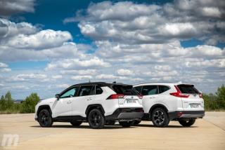 Fotos comparativa Toyota RAV4 vs Honda CR-V Hybrid - Miniatura 14