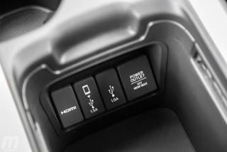 Fotos comparativa Toyota RAV4 vs Honda CR-V Hybrid - Miniatura 76