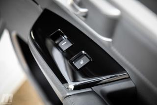 Fotos comparativa Toyota RAV4 vs Honda CR-V Hybrid - Miniatura 86