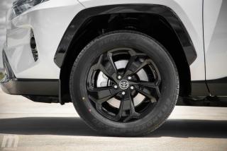 Fotos comparativa Toyota RAV4 vs Honda CR-V Hybrid - Miniatura 123